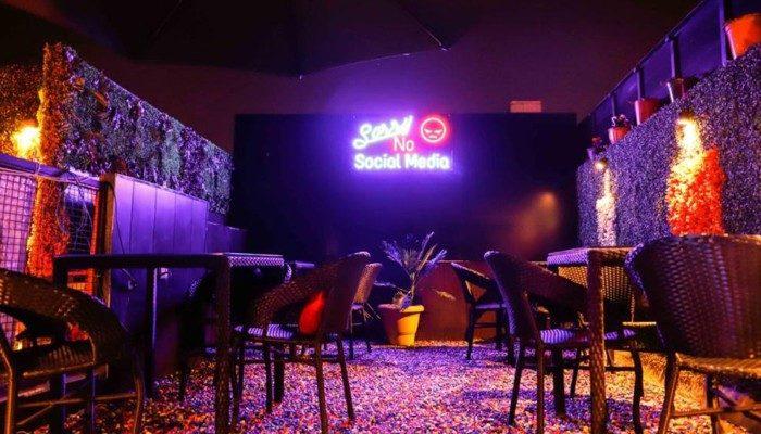 Radioactive Cafe | Best Restaurants in Punjabi Bagh