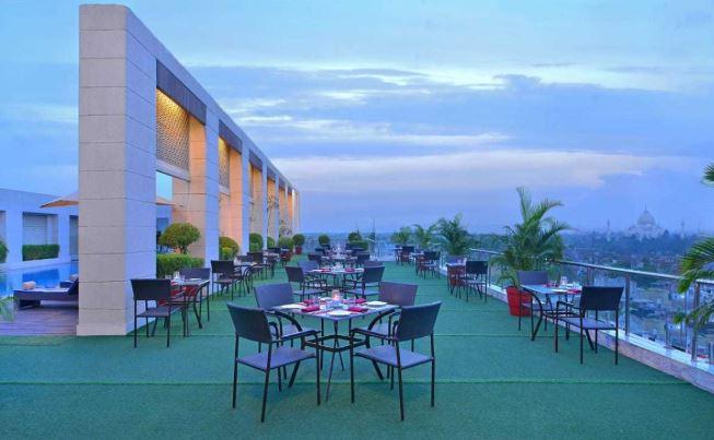 Wonder Terrace Kitchen Bar | Best Restaurants in Agra | GIRF 2021